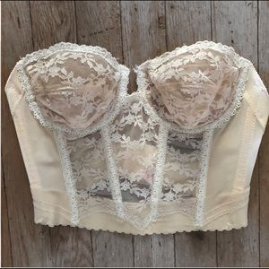 Other - Vintage Lace Bustier
